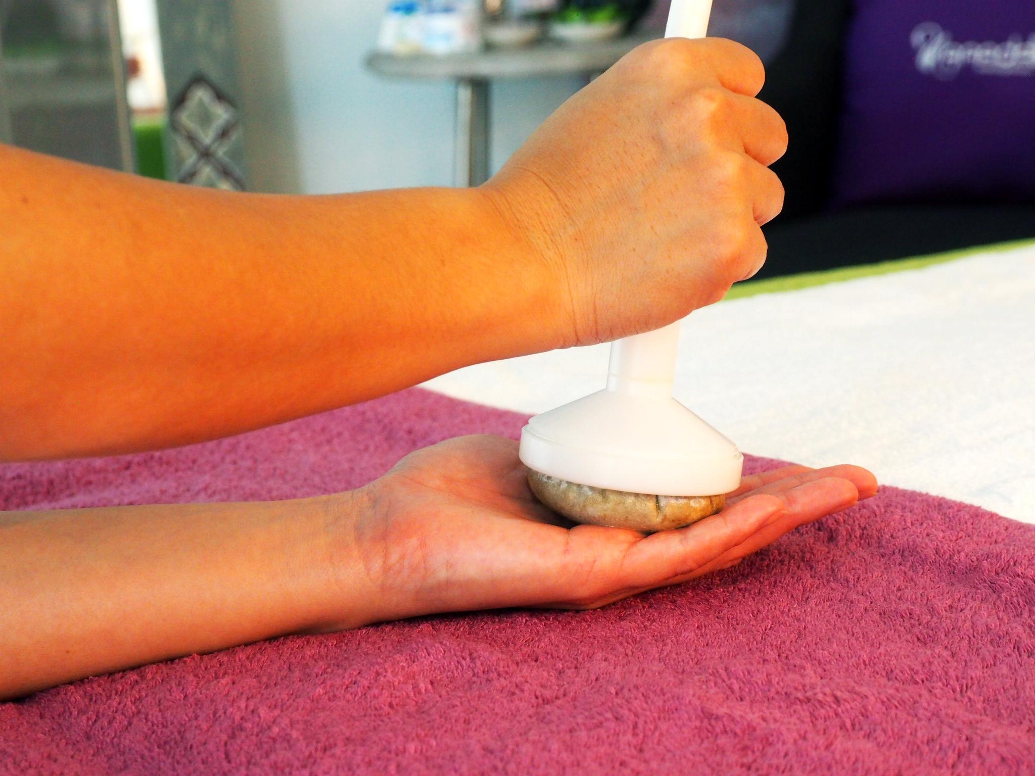 Wellness Massage with herbal compress